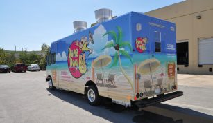 Dune Dog Cafe Food Truck
